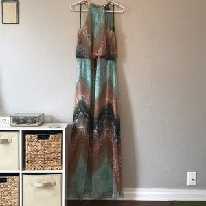 Vince camuto sleeveless snakeskin maxi dress